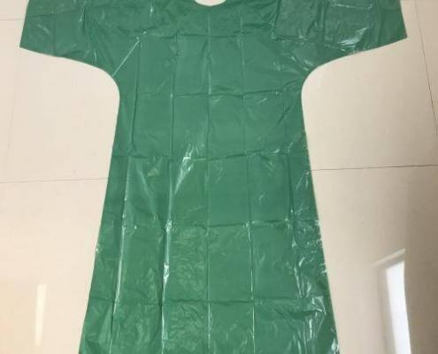 DISPOSABLE GREEN POLY GOWN