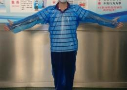 Disposable non sterile AAMI 2 water proof PE isolation GOWN FRONT
