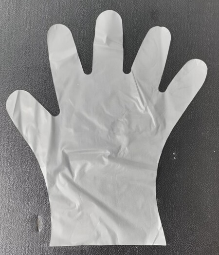 m size disposable cpe glove